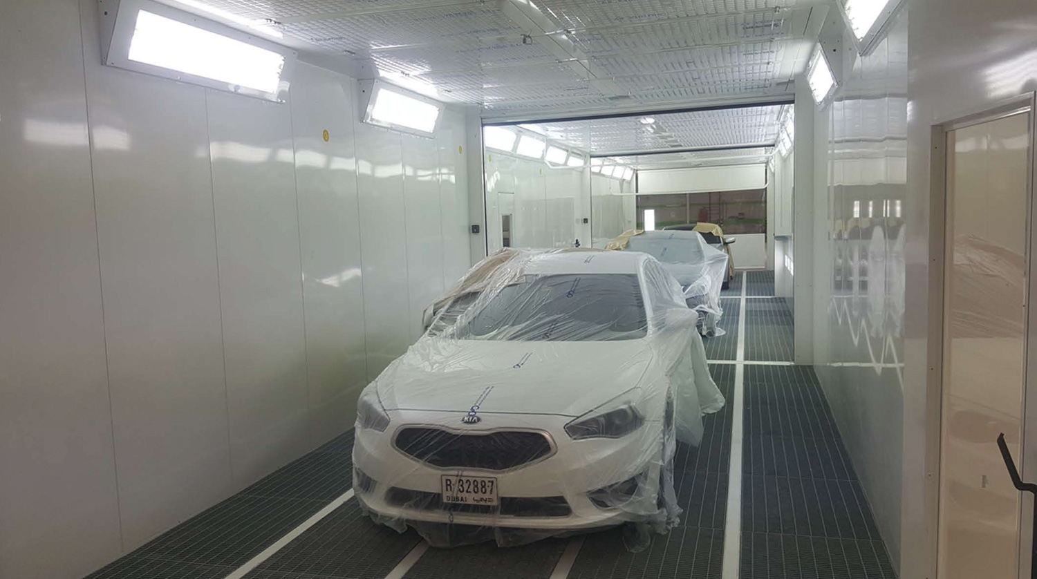 Multi-stages spray booth